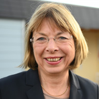 Porträtfoto von Monika Wolf-Pleßmann